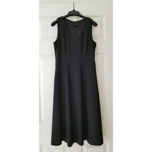 Theory Black Wool A-Line Sheath Dress
